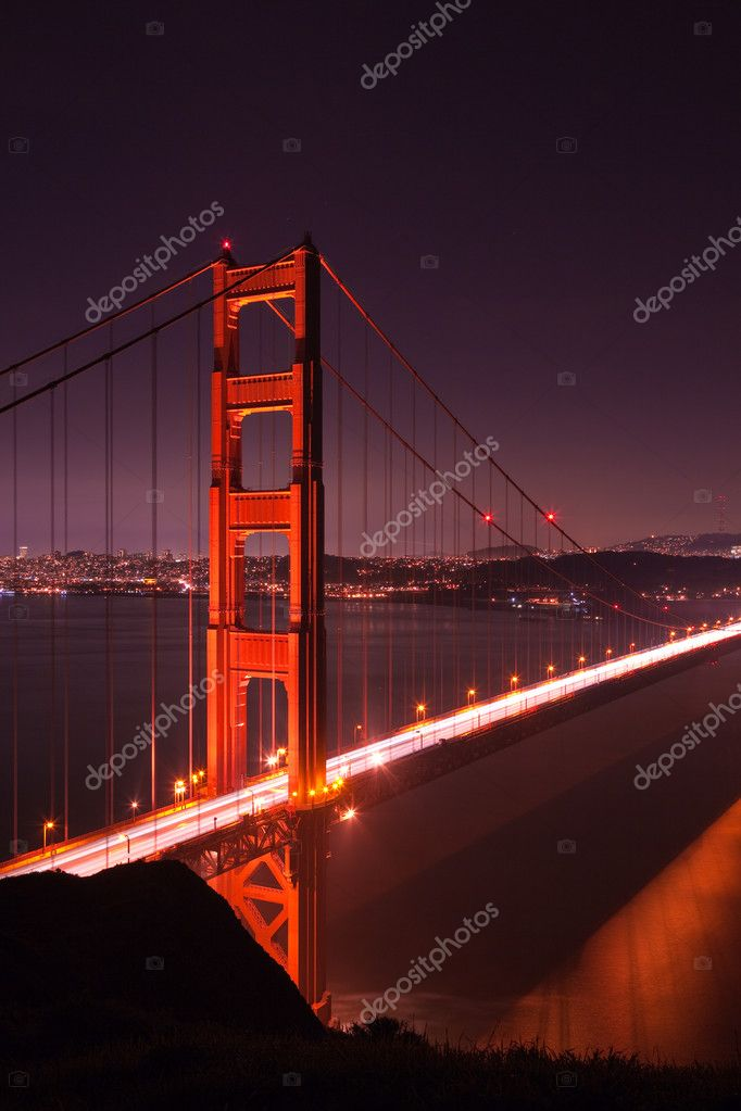 Golden Gate bridge at night seen from Marina Headlands, San Francisco, California. — Stock Photo #2363389