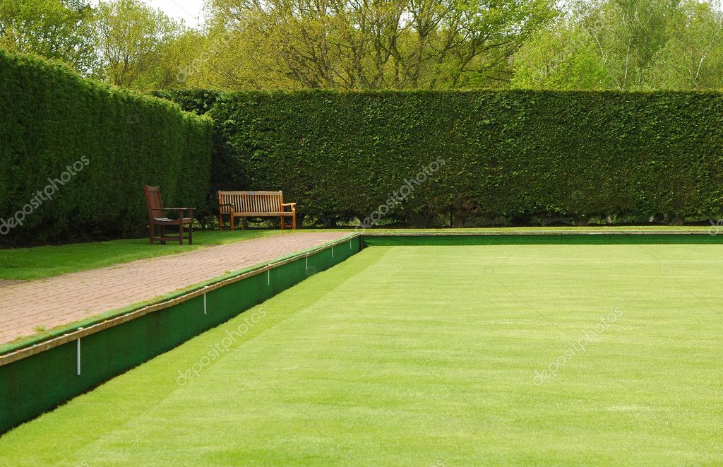 Bowling green lawn perspective — Stock Photo #2182991