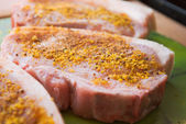 Meat slices prepared for barbeque — Stock Photo