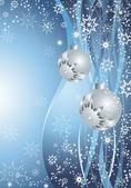серебряные шарики и снежинки — Стоковое фото