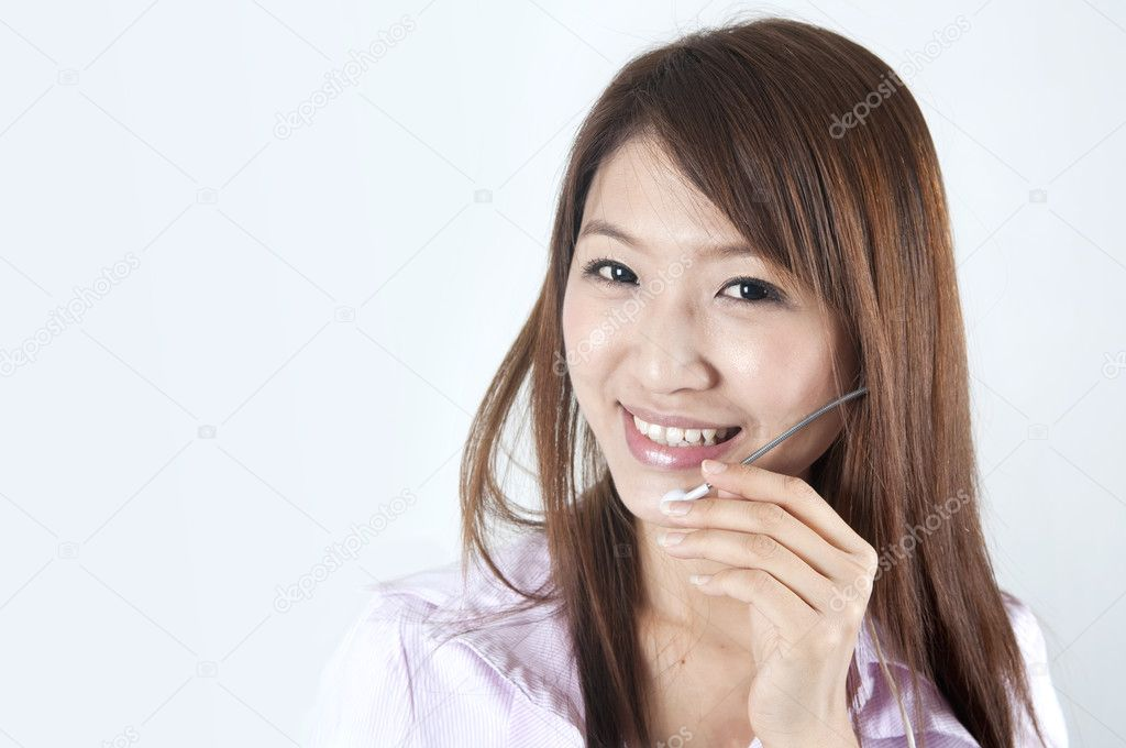 Asian call center business women — Stock Photo #2580535