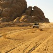 ������, ������: Jeep safari in desert