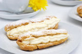 Fresh eclairs — Stock Photo