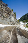 Road through mountains — Stock Photo