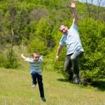 père et fils, passer de bon moment ensemble — Photo