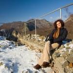 Pretty lady in a mountain landscape — Stock Photo #2249948
