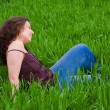 Beautiful lady in grassfield — Stock Photo