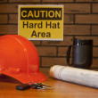 图库照片: Hardhats required