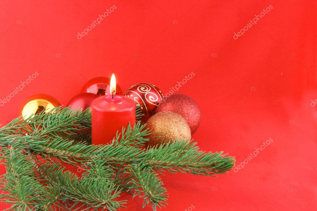 Christmas still life with red candles and balls — Stock Photo #2028663