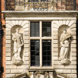 Statues and balcony — Stock Photo