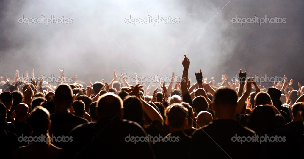 Concert crowd, fans raising hands, white light — Stock Photo #2087776