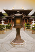 Chinese temple with lamp — Stock Photo