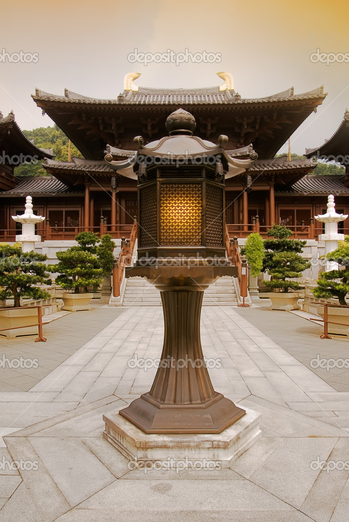 Chinese traditional ancient temple and lamp in front of. — Stock Photo #2019143
