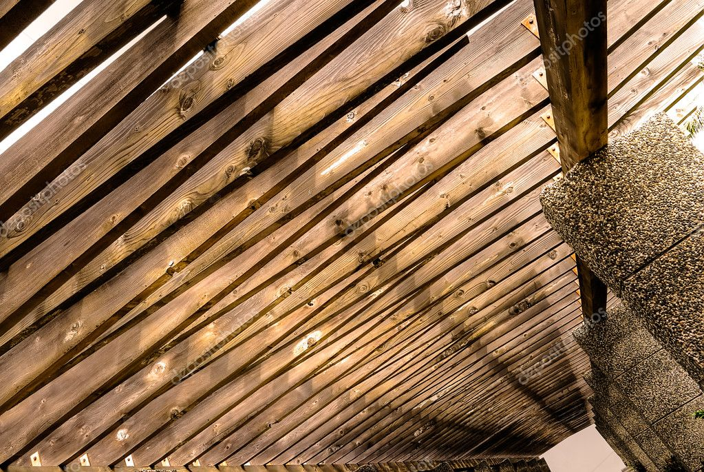 Beautiful architecture of wooden roof on the passage. — Stock Photo #2020324