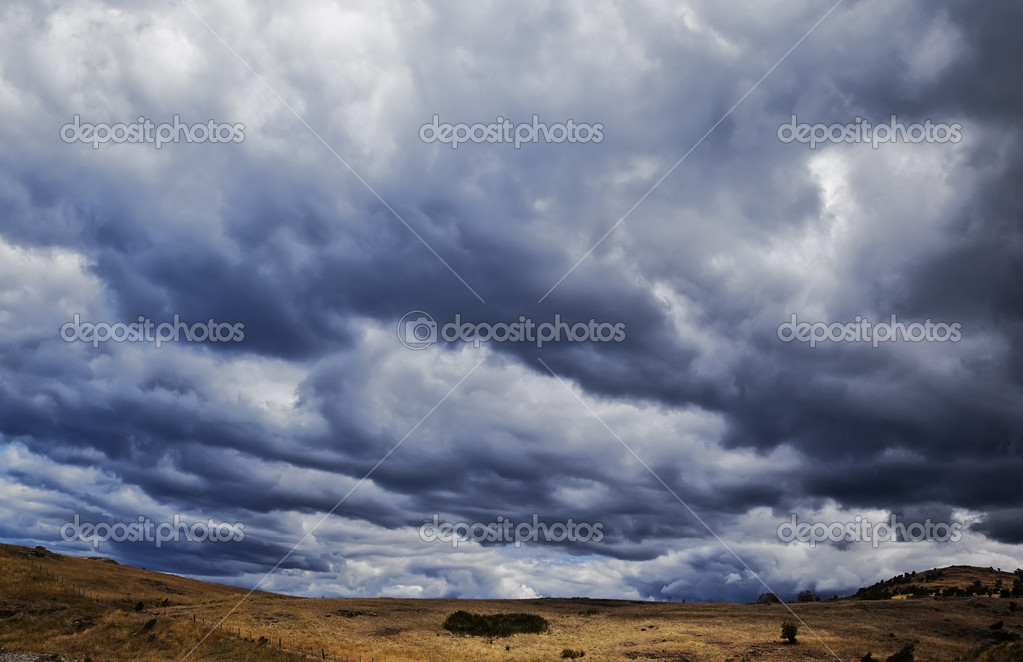 A photography of a dark sky background — Stock Photo #2109025