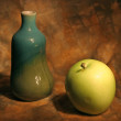Still life with vase and apple — Stock Photo