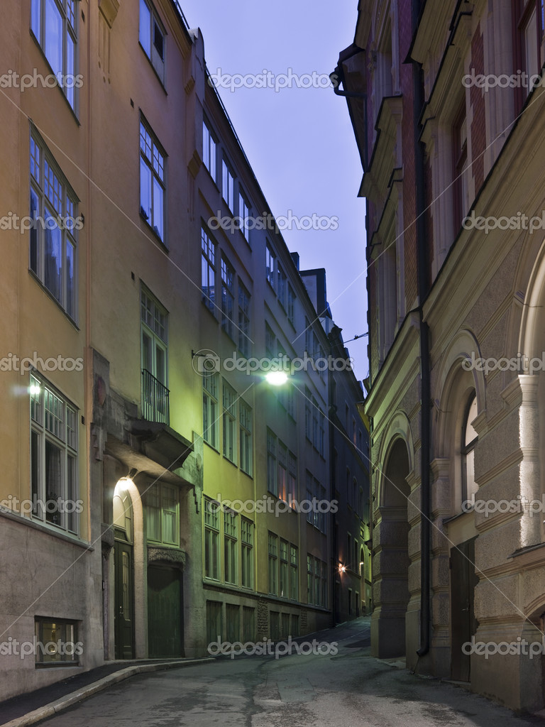 Colorful back alley in the southern parts of Stockholm — Stock Photo #2027661