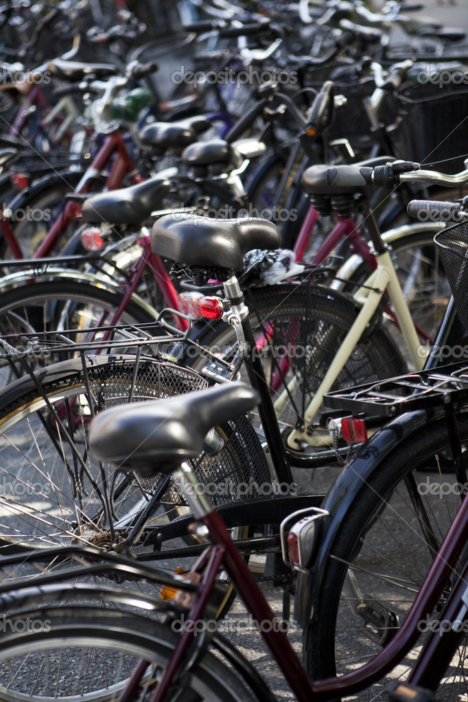 Bicycle parking — Stock Photo #2101463