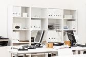 Local de trabalho de escritório — Fotografia Stock