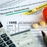 强调在收入报税 — 图库照片