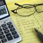 bepalen van de maandelijkse begroting — Stockfoto