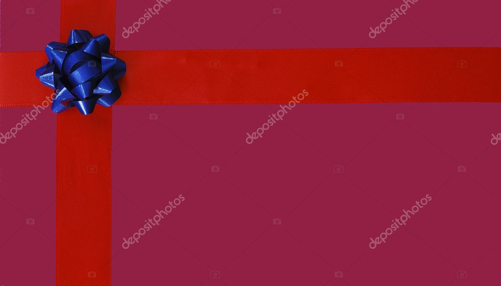 Illustration of blue Christmas bow and red ribbon isolated on purple background — Stock Photo #2016713