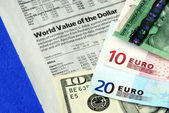 Check the foreign exchange rates — Stock Photo