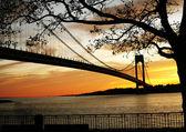 Beautiful Sunset on the bridge — Stock Photo