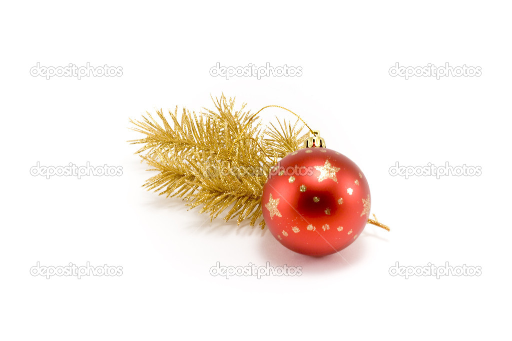 Red ball and gold(en) spruce isolated on white background — Stock Photo #2010263