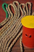 Ship's rope on deck — Foto Stock