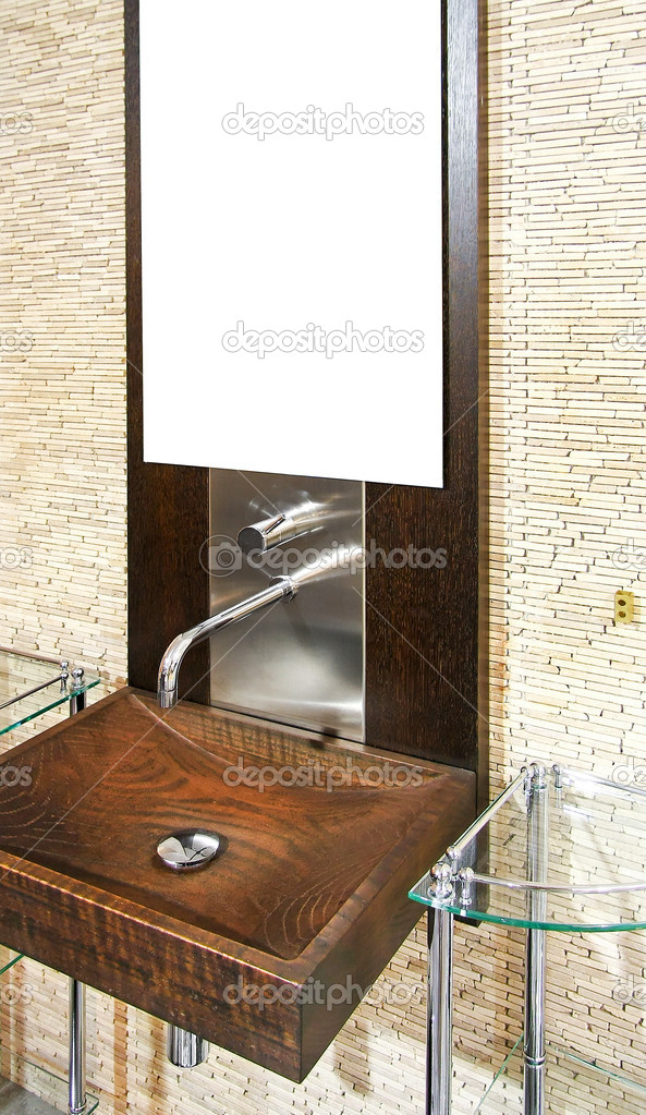 Close up shot of wooden wash basin — Stock Photo #2078816
