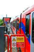 Trem do viajante de bilhete mensal. — Foto Stock
