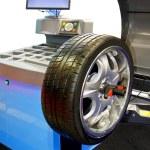 Tyre balancing — Stock Photo #2613361