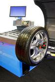 Tyre balancing — Stock Photo
