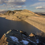 Dams of mountain reservoir in Colorado — Stock Photo