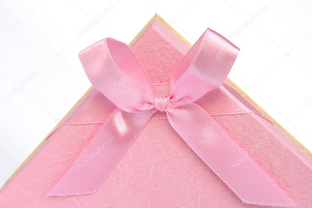 Pink gif box detail focus on bow isolated — Stock Photo #2327247