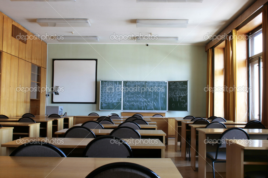 Empty big classroom at school — Stock Photo #2060848