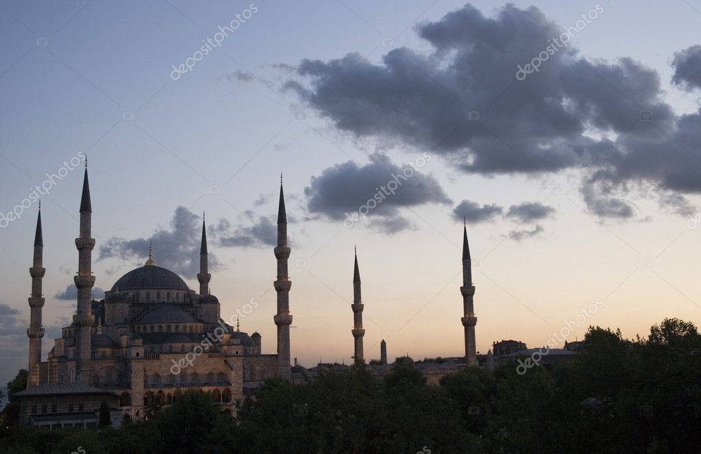 Blue Mosque at Istanbul, Turkey — Stock Photo #2198275