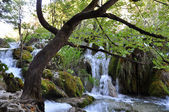 Small river and waterfalls — ストック写真