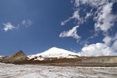 Peak Elbrus - highest point in Russia and Europe — Stock Photo