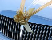 Wedding car ribbon — Stock Photo