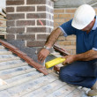 Trainee roofer - Foto Stock