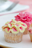 Mini flower cupcakes — Stock Photo