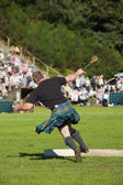 Scotsman competing at Highland Games — Stock Photo
