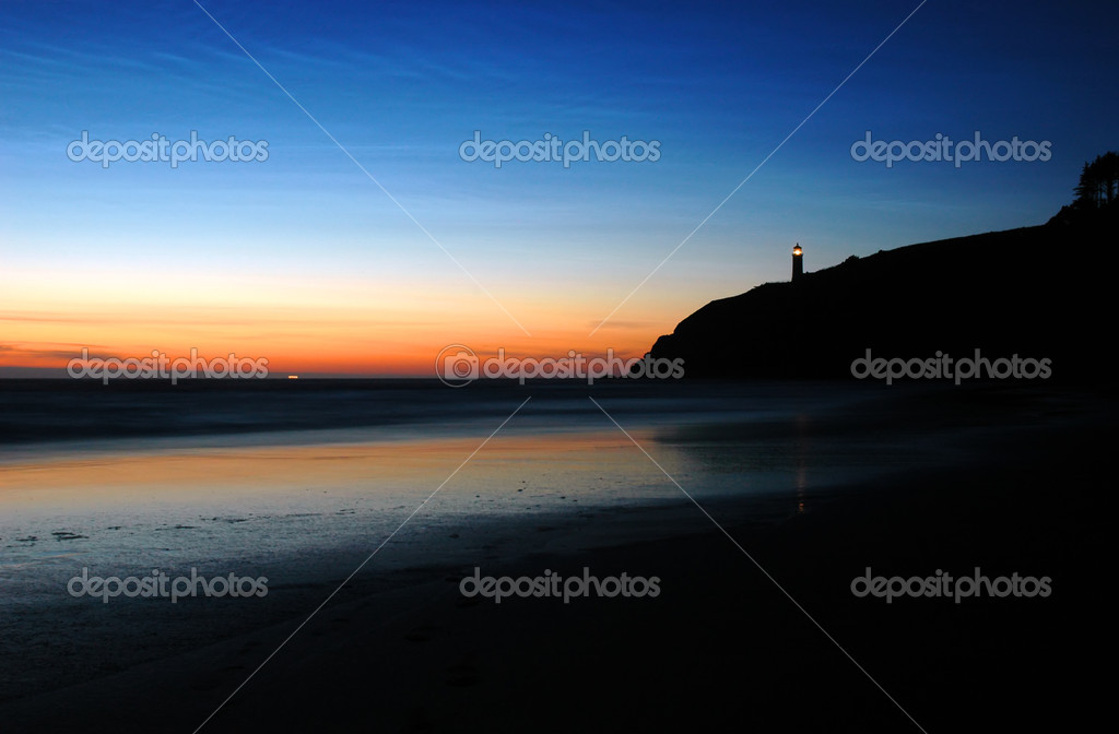 Sunset at Benson Beach, Cape Disappointment State Park — Stock Photo #2092643