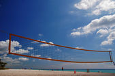 Volleyball net on Sunny Isles Beach — Stock Photo