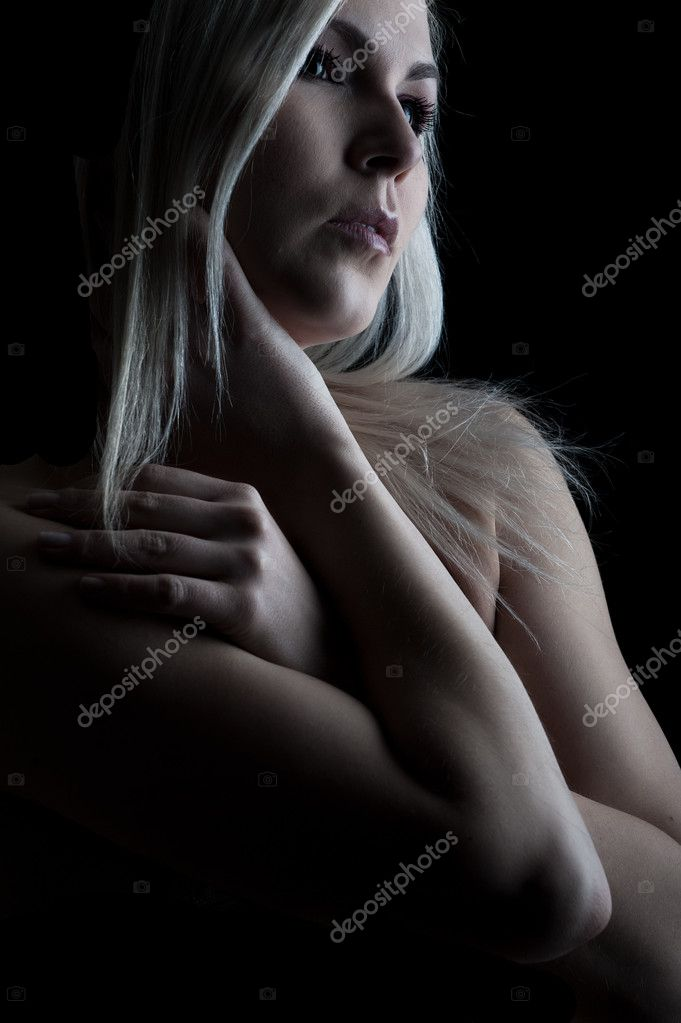 Fine art portrait of a young blonde girl — Stock Photo #2058518