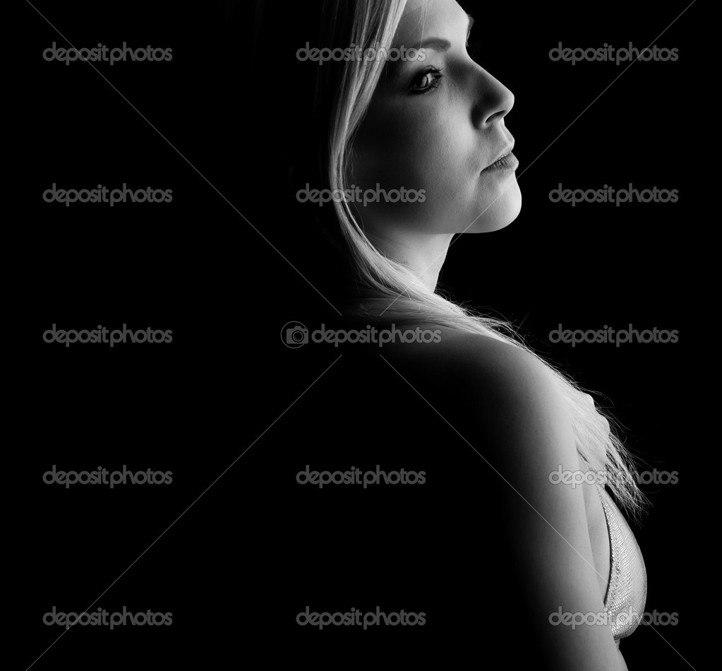 Fine art portrait of a young blonde girl — Stock Photo #2058530