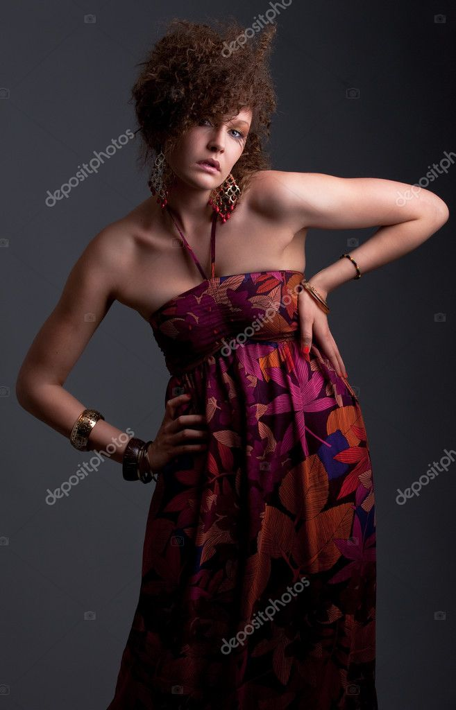 A stunning brunette  dressed for a party — Stock Photo #2228791