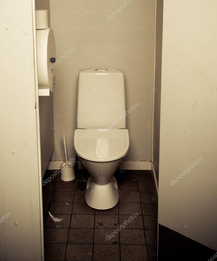 Фото грязных туалетов 18 фотография